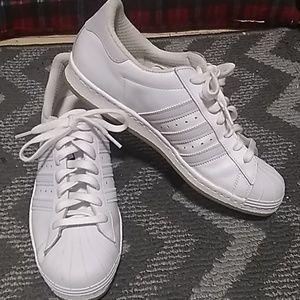 Adidas 9.5 men